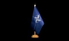 Tischflagge NATO - 15 x 22 cm